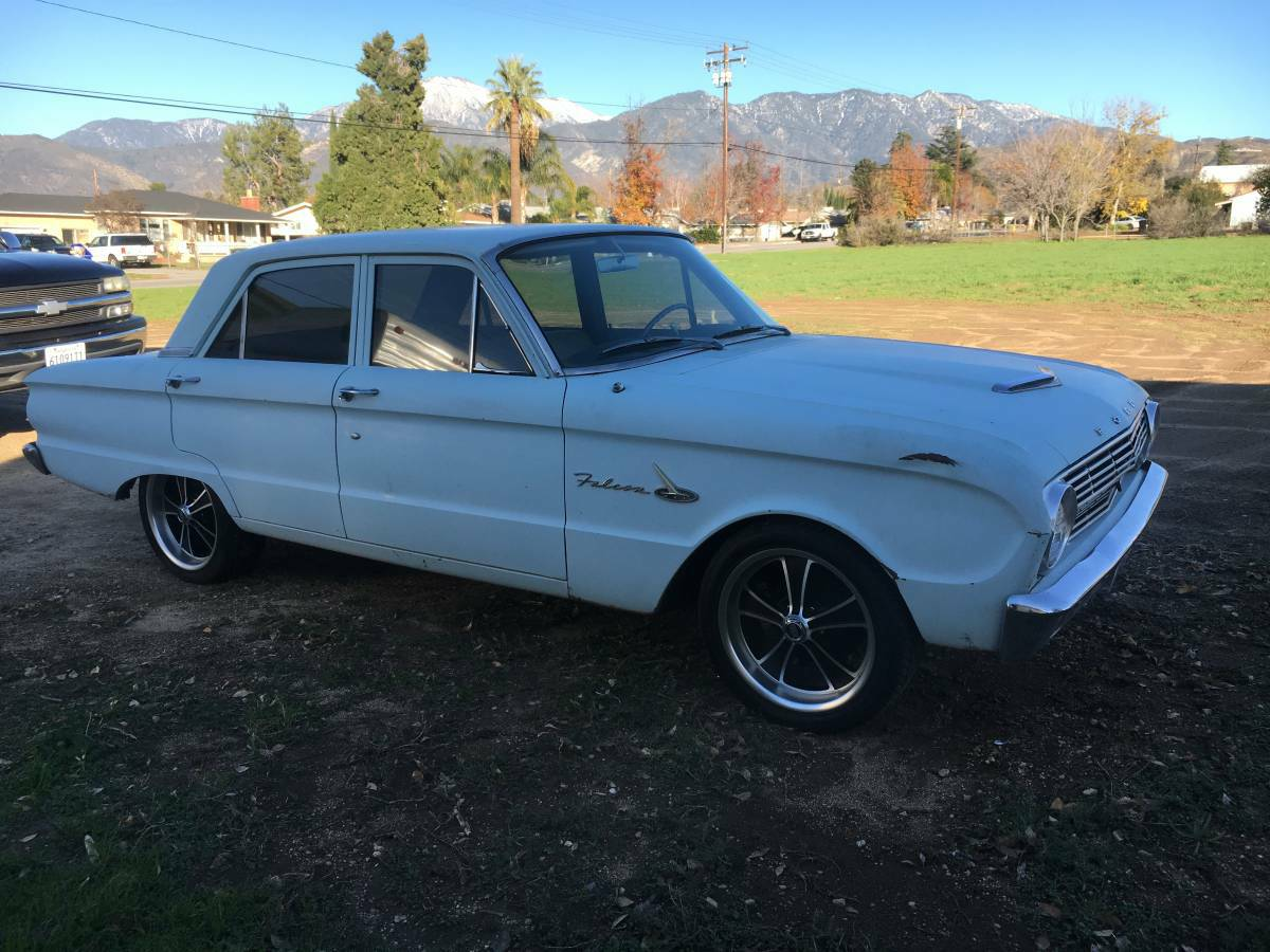 Daily Turismo V8 Auto 1963 Ford Falcon Sedan