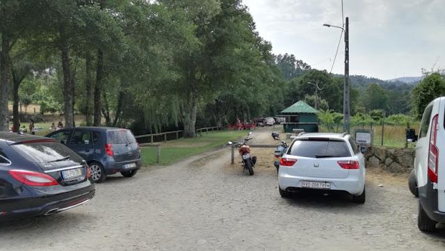 Parque de Estacionamento Praia Pouves