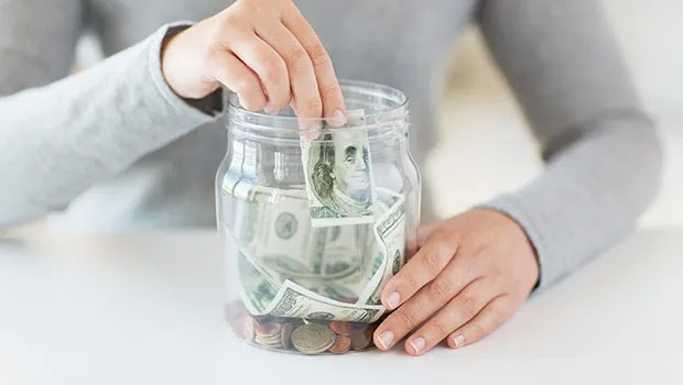 كيف توفر المال وتنفق أقل