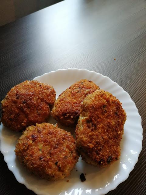 dania obiadowe, kotlety mielone, domowe kotlety, swojskie kotlety, mielone z szynki, kotlety mielone po staropolsku, tradycyjne kotlety mielone,