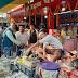 अलीगंज : तिलकुट की दुकानों दिनभर लगी रही भीड़, खूब हुई बिक्री