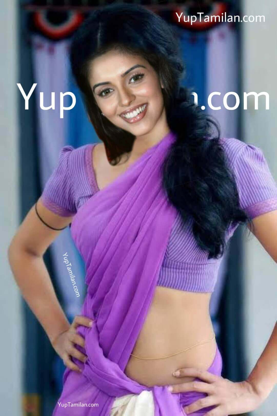 Actress Asin Sexy saree Pictures with Navel show