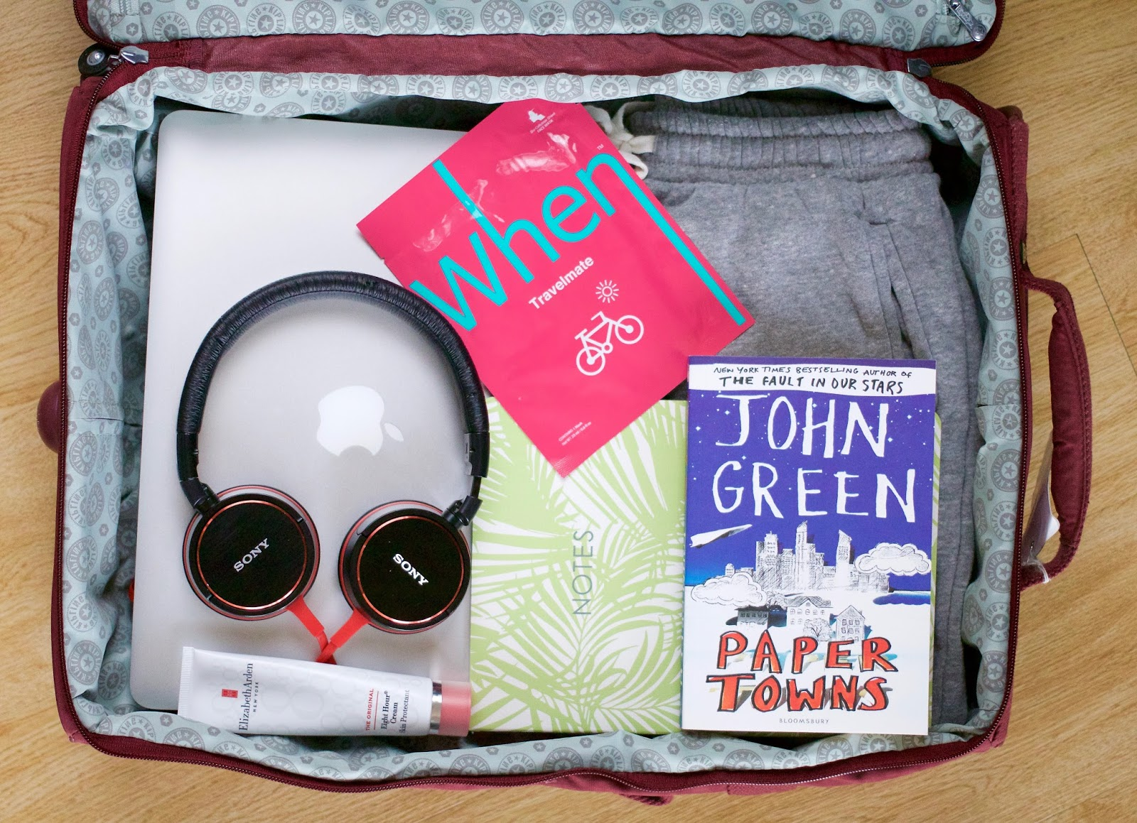 Long-haul-flight-essentials-Apple-When-Elizabeth-Arden-Sony
