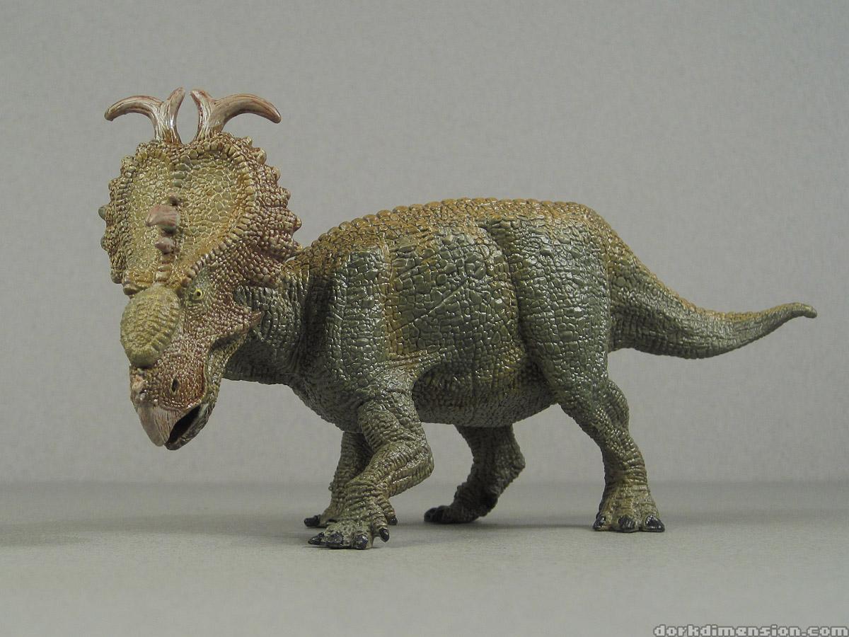 pachyrhinosaurus vs carnotaurus - photo #6