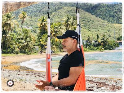 meditation-aeroyoga-yabucoa-caraibes-porto-rico-rafael-martinez-yoga-aerien-bienfaits-cours-formation-stage
