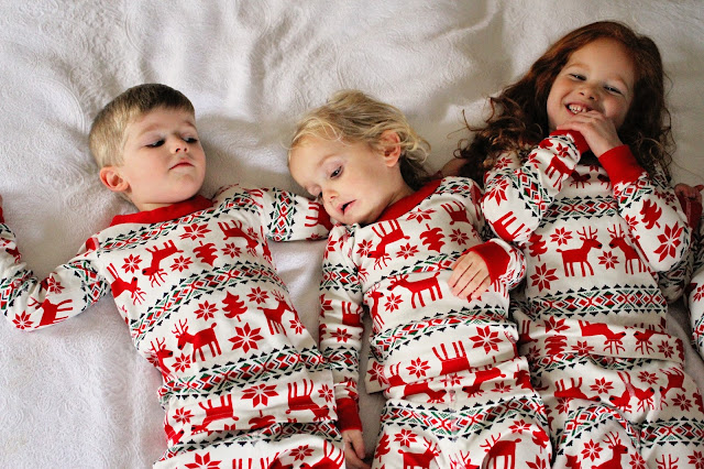 87d5ffa99b If you ve got photos of your little ones in their holiday jams