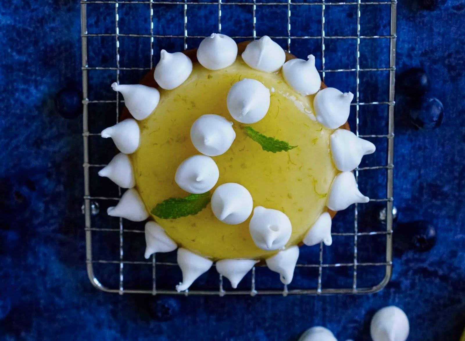 tartelettes citron , crémeux , meringues