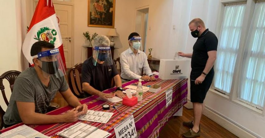 SEGUNDA VUELTA: Peruanos que residen en países asiáticos acuden a votar