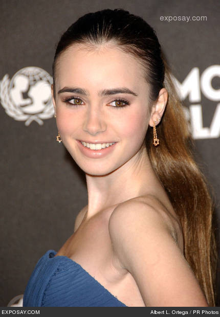 Celebrity Couples Lily Collins Explore her wiki, bio, age, height, nationality. celebrity couples blogger