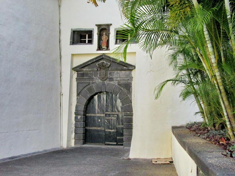 a porta original do Palácio de São Lourenço
