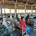 Anggota satgas TMMD Ke-109 Beribadah Bersama Masyarakat