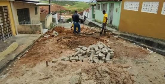 Prefeitura de Ribeirão realiza operação tapa buraco em diversos pontos da cidade