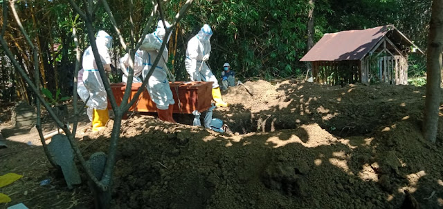 Pemakaman Jenazah Covid-19 Warga Mranggen, Begini Kronologisnya
