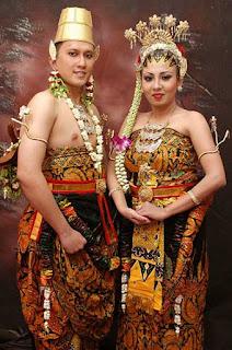 Gambar Pakaian Adat pengantin Yogyakarta