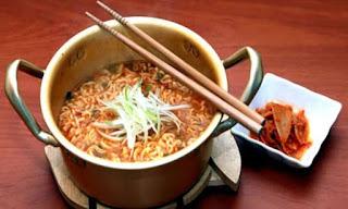 Ramyeon Rekomendasi Masakan Korea Selatan