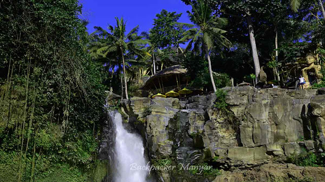 Derasnya Air Terjun Tegenungan Bali