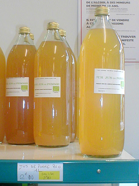 Organic pasturised apple juice, Indre et Loire, France. Photo by Loire Valley Time Travel.