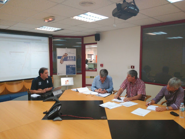 Director y técnicos de DGSE en sala operativa 1-1-2 tras activación PLATECA por simulacro Aeropuerto de Gran Canaria