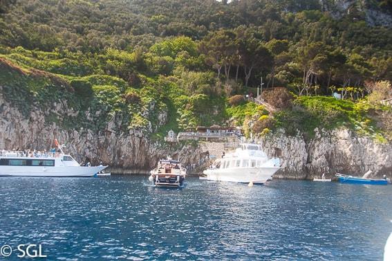 La gruta azul en Capri. Napoles