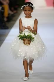 vestido de daminha branco