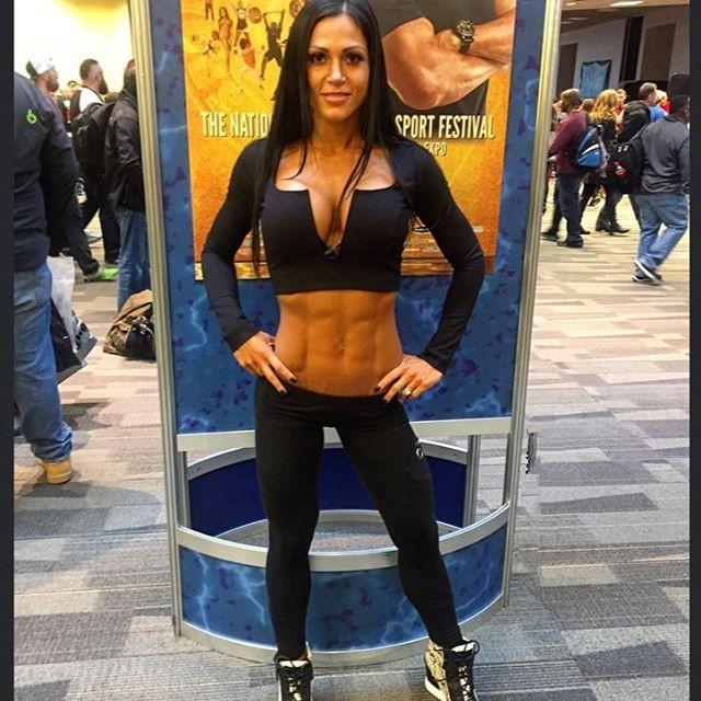 Fitness Model Anita Herbert @anitah.sabo