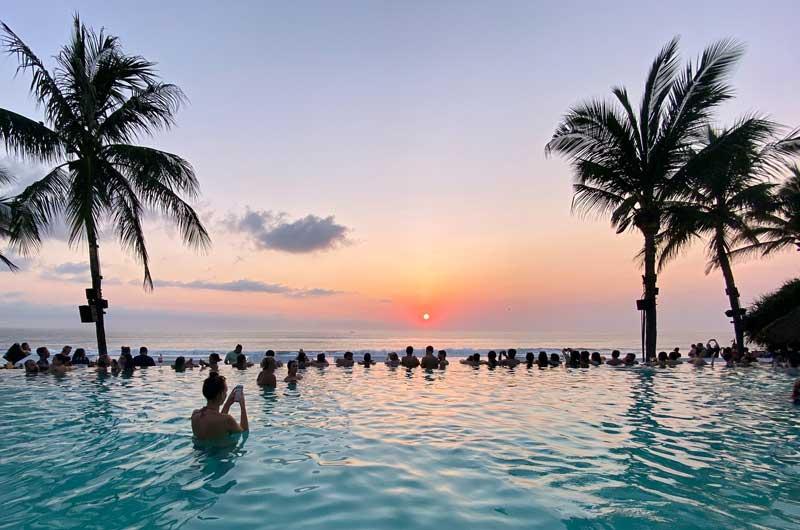 Pantai Petitenget Seminyak Bali