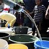 Keluarkan Uang Lebih Untuk Beli Air Bersih  Warga Minta Pemkab Segera Turun Tangan