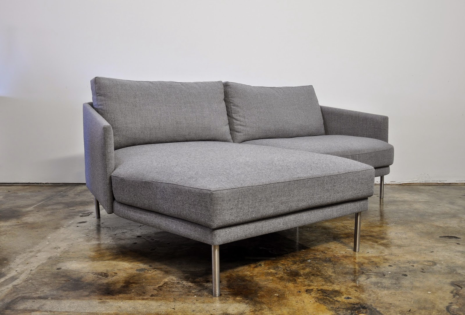 dwr theatre sofa review bed full size dimensions camber home co