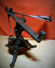Máquina Lanzaplatos antigua