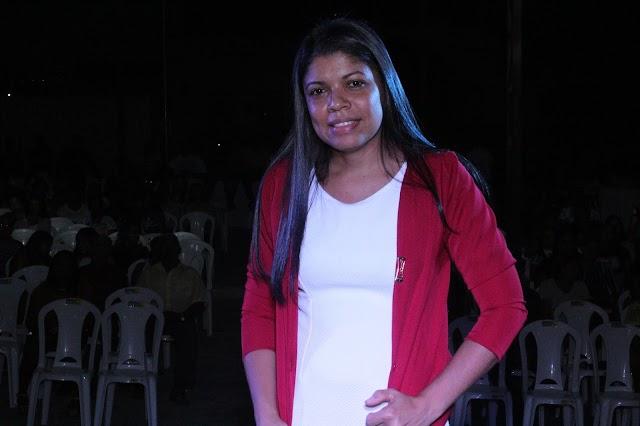 Cantora gospel Dolores Alencar lança primeiro CD em evento da AD em Barro Duro. Veja fotos