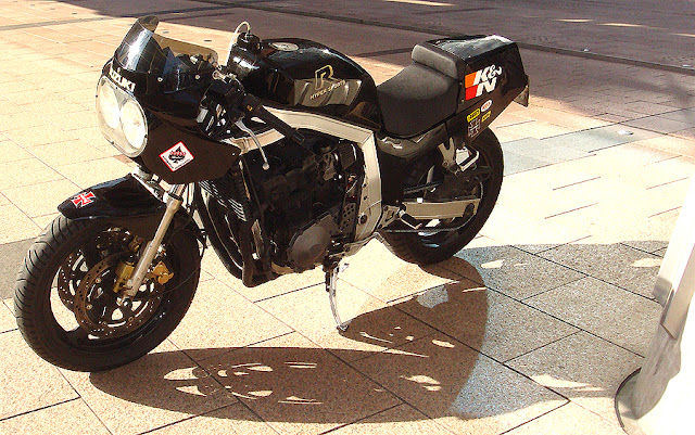 Suzuki GSXR 1100 Slab-Side by Paul Funk Design