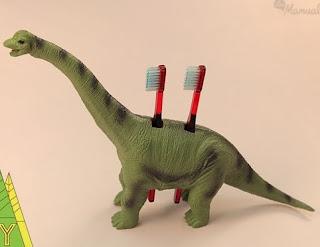 http://lasmanualidades.imujer.com/6632/porta-cepillos-de-dientes-infantiles