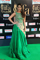 Manjusha in Beautiful Sleeveless Green Anarkali dress at IIFA Utsavam Awards 02.JPG