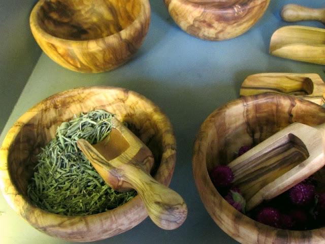 taça feita com madeira de oliveira