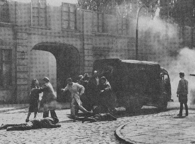 Zdjęcie z planu filmu Akcja pod Arsenałem