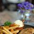 อิ่มอร่อยแบบวิถี New Normal กับร้าน Steak & Street Food จากครัวโรงแรม The Berkeley Hotel Pratunam หลากหลายเมนู อาทิ ผัดไทย หอยทอดร้อนๆ เริ่มต้น 50 บาท และเมนูสเต๊ก เริ่มต้น 79 บาท สามารถนั่งทานที่ร้านท่านละ 1 คน ต่อ 1 โต๊ะ