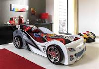 Cama infantil forma coche