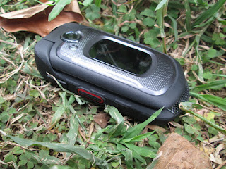 Hape Outdoor Kyocera DuraXE Flip Seken 4G LTE IP68 Military Standard
