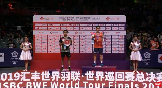 Penyerahan Juara BWF Tour Final. Foto BWFWordTV