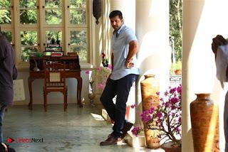 Jayam Ravi Arvind Swamy Hansika Motwani Bogan Movie Stills .COM 0013.jpg