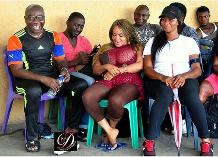 Omg! See What a Woman Did to Cossy Ojiakor's Gigantic Boobs in Public (Photos)