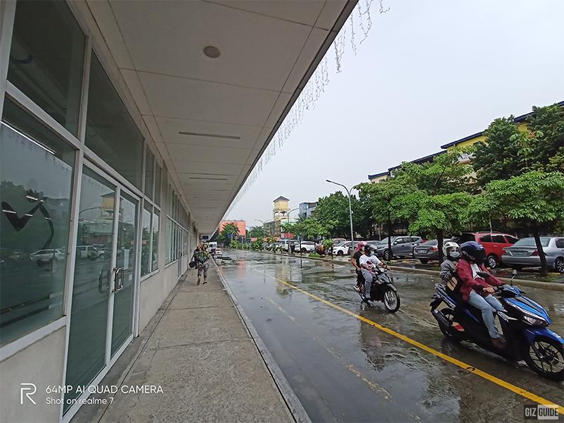 Ultra-wide-angle shot mode, daylight