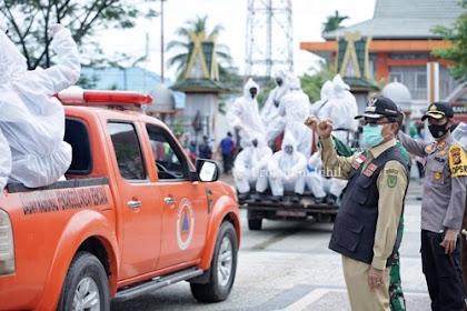 Bupati Inhil : Seluruh Kantor dan Kecamatan Wajib Lakukan Penyemprotan Disinfektan Minimal Seminggu Sekali