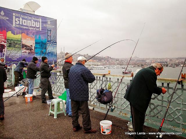 Ponte Gálata: os pescadores