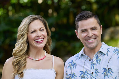 Pascale Hutton and Kavan Smith from You Had Me At Aloha