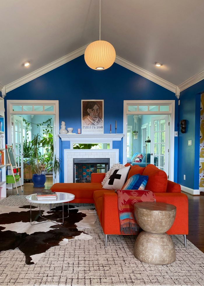 Layers of lighting in living room-designaddictmom