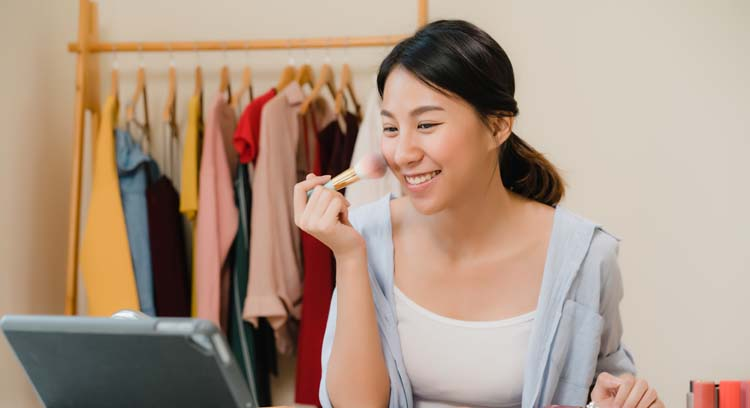 Teknik Makeup, Fundation
