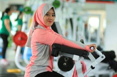 Tips Agar Berat Badan Tidak Naik Derastis Saat Bulan Ramadhan