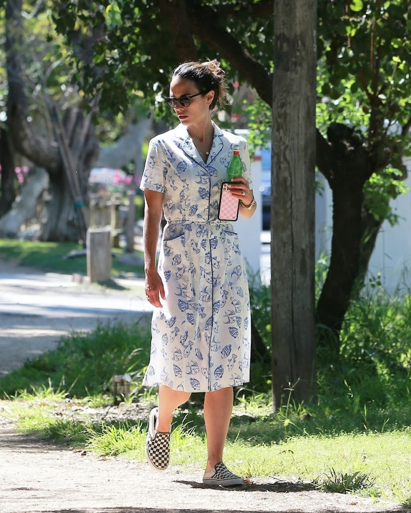 Jordana Brewster Clicked Outside in Los Angeles 26 Apr-2020