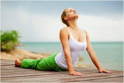 Tư thế ngẩng đầu khi tập yoga tại nhà